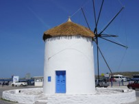 Paros-vakantie-Parikia-windmolen-haven-600