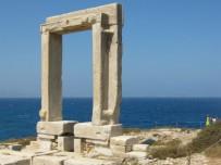 Naxos-vakantie-portara-600