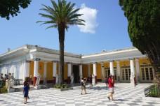 Corfu-Achilleion-terras-600