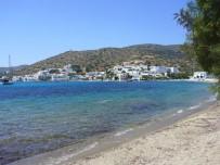 Amorgos-Katapola-strand-dorp-600