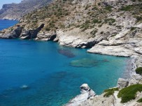 Amorgos-Mouros-beach-uitzicht-600