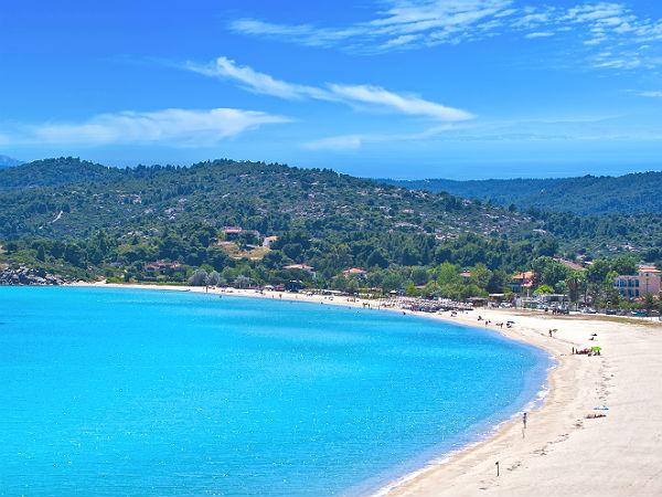 chalkidiki-vakantie-ormos-panagias-antigoni-beach-resort-beach-baai-600