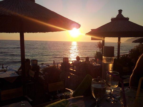Corfu-vakantie-agios-gordios-sunset-600