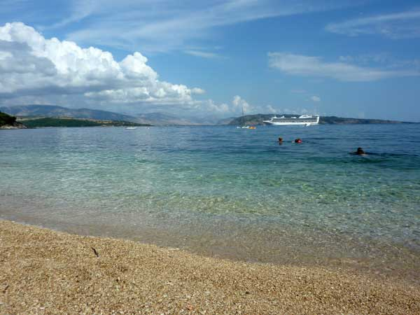 corfu-kerasia-beach-cruise-griekenland-600