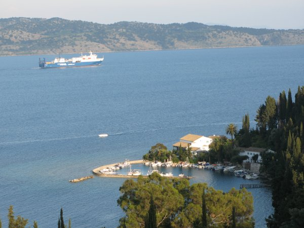 Corfu-Kouloura-baai-600