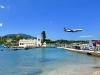 Corfu-Pontikonissi-muizeneiland-vliegtuig-600