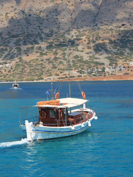 Kreta-Spinalonga-vissersboot-600