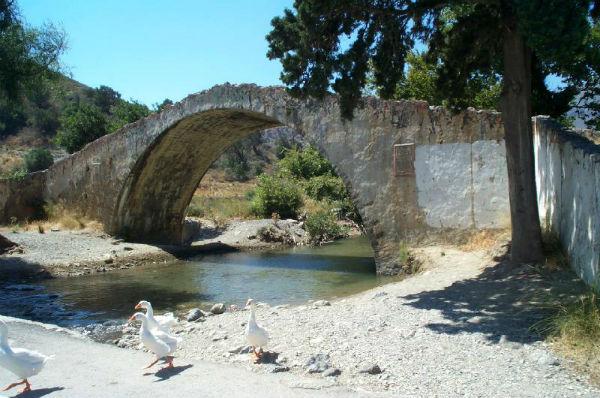 Kreta-romeinse-brug-600