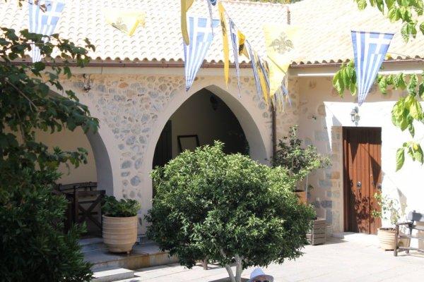 Kreta-Kera-klooster-600