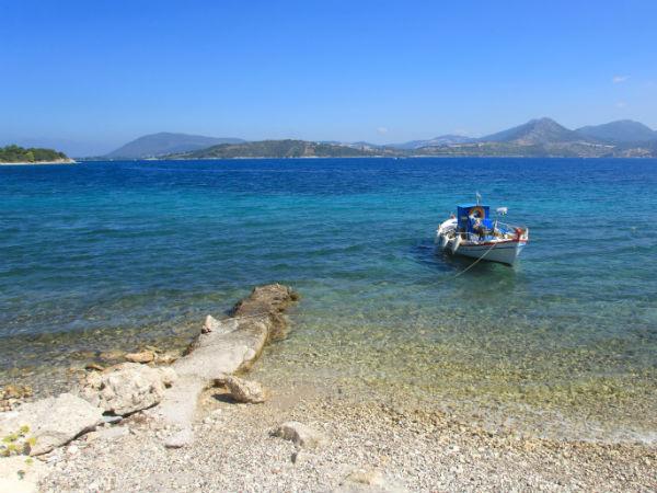 Lefkas-Lygia-vakantie-vissersboot-600