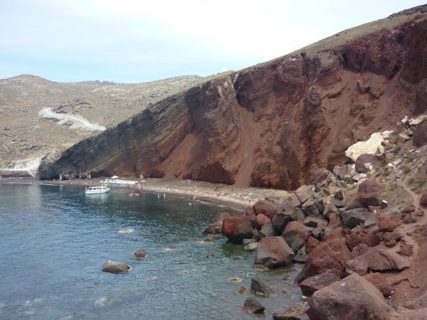 Santorini-Red-Beach-600