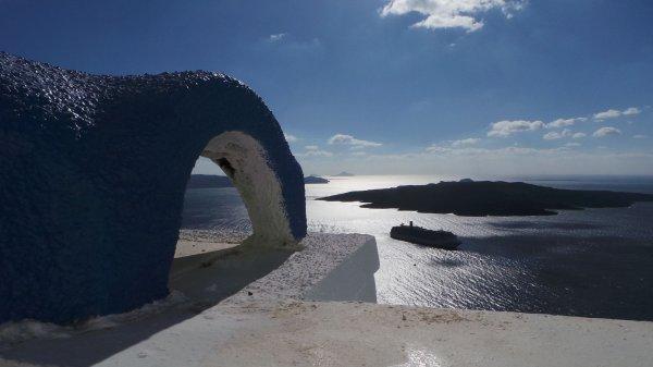 Santorini-Thira-uitzicht-600
