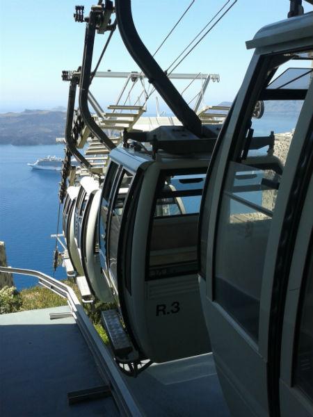 Santorini-lift-thira-600
