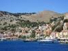 Symi-eiland-stadje-vanaf-de-boot-600