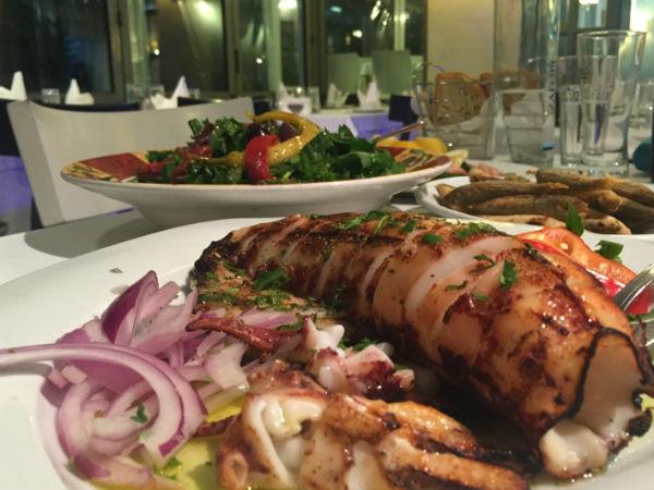 Thessaloniki-gastronomie-inktvis-gialos-fish-restaurant-600