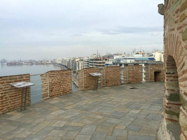 Thessaloniki-stedentrip-white-tower-dakterras-uitzicht-600