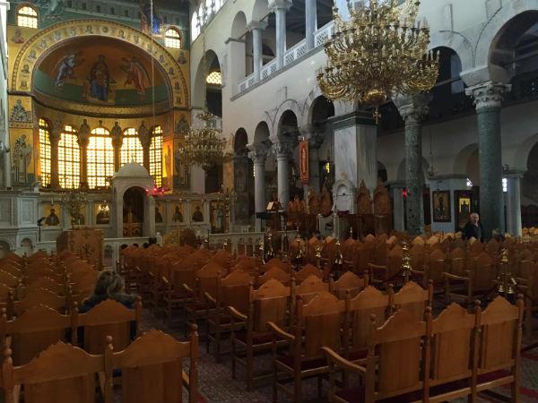 Thessaloniki-vakantie-Agios-Dimitrios-kerk-binnen-600