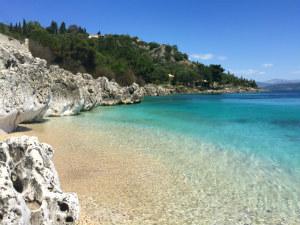 Corfu de kust van Nissaki in het noorden