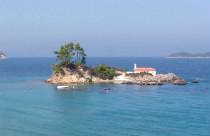 Evia eilandje met kerk