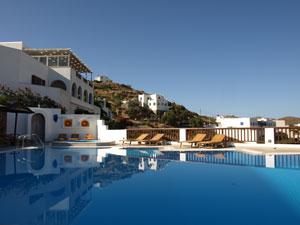Ios hotel in Chora zwembad