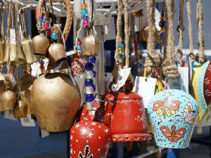 Geitenbellen als souvenir van Ithaki