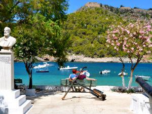 Kefalonia pittoreske Assos tijdens vakantie