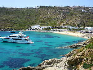 Psarou beach op Mykonos