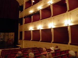 Apollo theater op Syros