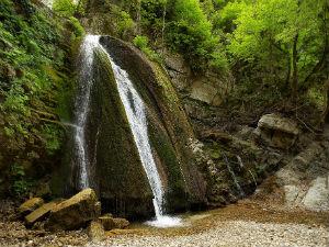 Varvara watervallen op Chalkidiki