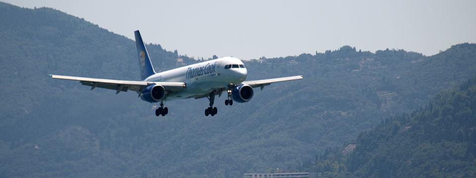 Griekenland vliegtickets vliegtuig header.jpg