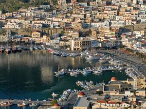 Het fraaie hoofdstadje Pothia op Kalymnos