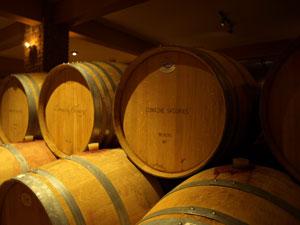 De wijnkelder van het wijnhuis Skouras