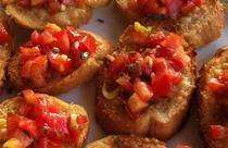 Grieks eten voorgerecht brood tomaat