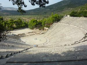 Het amfitheater van Epidaurus op de Peloponnesos.