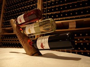 Wijnen in de kelder van Skouras op de Peloponnesos.