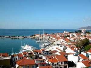 Uitzicht op Pythagorion op eiland Samos