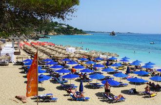 Makris Gialos beach of Costa Costa beach bij Lassi op Kefalonia