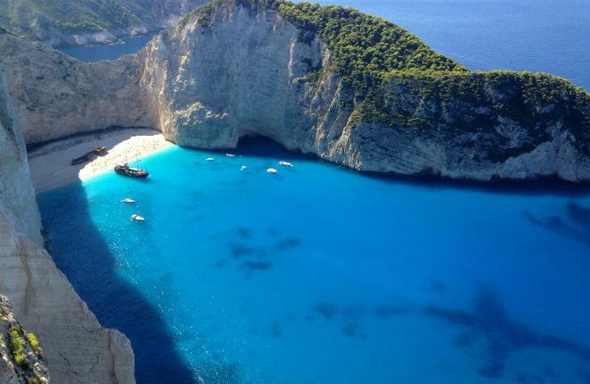 Navagio beach shipwreck Zakynthos in Griekenland