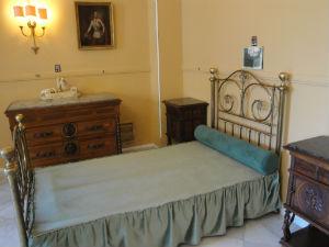 Corfu-vakantie-Achilleion-bed-Sissi-300
