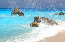 Griekenland-nieuws-toerisme-rotsen-zeewater-210