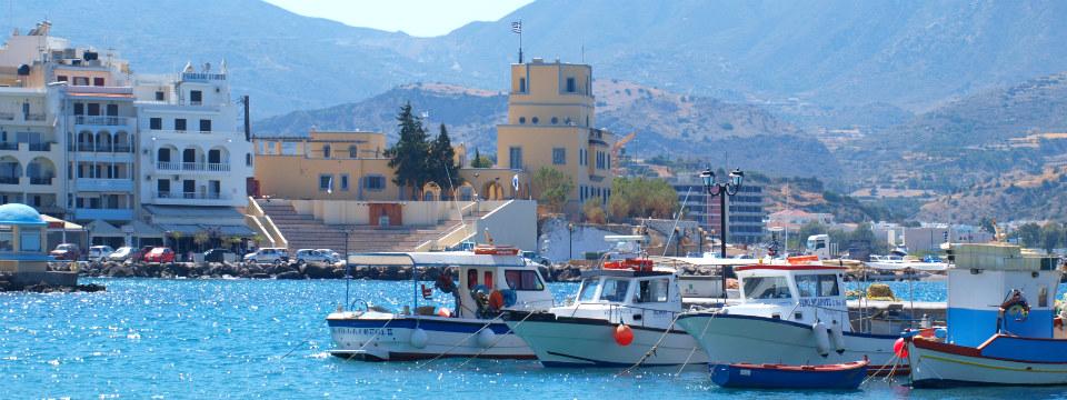 Karpathos stad vakantie pigadia header.jpg