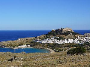 Lindos op Rhodos tijdens vakantie fraai uitzicht
