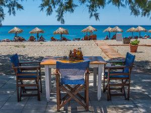 Votsalakia Samos uitzicht op strand vanaf terras