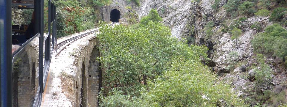 Peloponnesos vakantie diakofto railway header.jpg