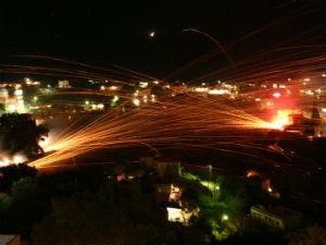 Rocketwar met Pasen in Vrondados