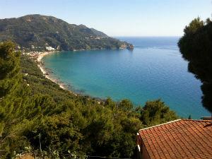 Uitzicht op Agios Gordios vanaf Sinarades