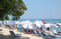 Het strand van Moraitika op Corfu