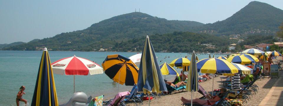 Corfu vakantie messonghi strand header.jpg