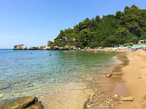 Glyfada Golden beach op Corfu