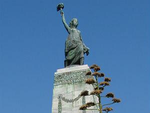 Het vrijheidsbeeld in Mytilini Lesbos